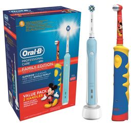 Набор Oral-B Family Pack Professional Care + Oral-B KIDS Mickey, набор, 2 шт.
